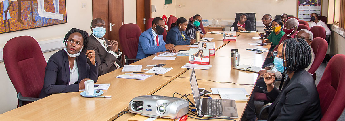 UDB Executive Committee Pays A Visit To Vision Group